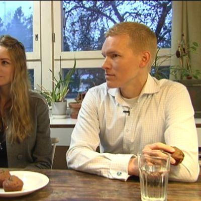 Mormonerna Amanda och Otso friström intervjuades efter presidentvalet i USA
