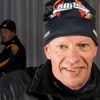 Harri Kirvesniemi on edelleen tiivistii tekemisissä hiihdon kanssa työnsä kautta.