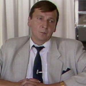 Raimo Vistbacka kertoo SMP:n hallituserosta 1990