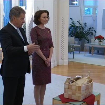President Sauli Niinistö och fru Jenni Haukio i Talludden.