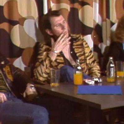 Hurriganes haastattelussa 1974.