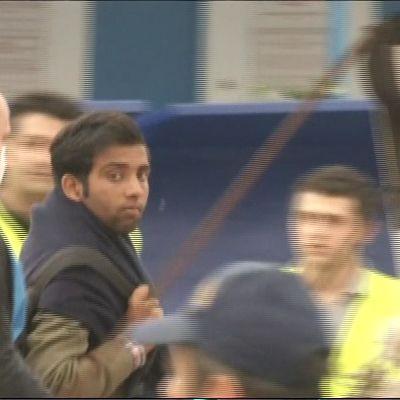 Pakolaisia palautetaan Turkista Kreikkan.
