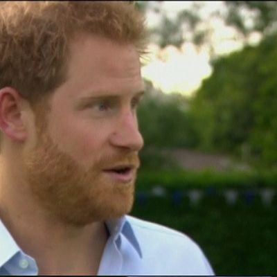 Kuvassa prinssi Harry BBC:n haastattelussa.