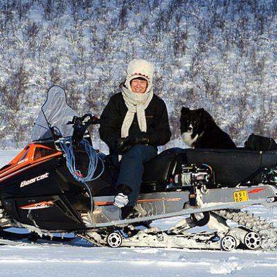 Luonnossa on Leena Valkeapään väitöskirja.