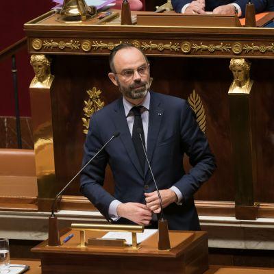 Premiärminister Edouard Philippe talar till den franska nationalförsamlingen