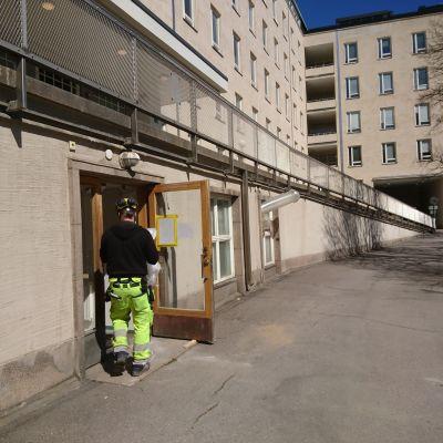 Reparation av fuktskada vid Kvinnokliniken