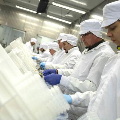 Komero Foodin tuotantolinjasto.