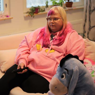 Lievästi kehitysvammainen Josefiina Karppinen.