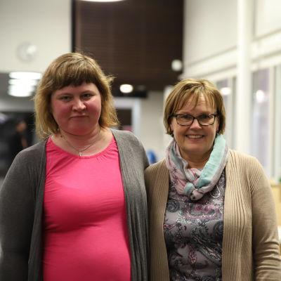 Hanna-Liisa Juhkentaal sekä Merja Syrjälä ovat tutustuneet Mannerheimin Lastensuojeluliiton ystäväksi maahanmuuttajaäidille-toiminnassa.