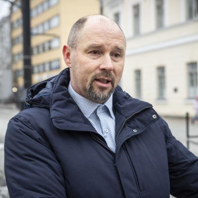 Kuopion kaupungin lukio-opetuspäällikkö Jukka Sormunen