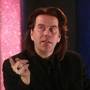 Mikko Kuustonen aloitti soolouransa 1990-luvulla