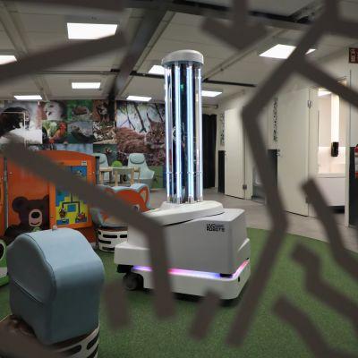 UV - siivousrobotti
