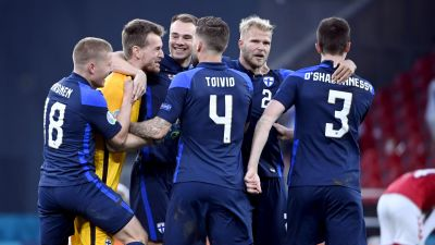 Finlands herrlandslag jublar.