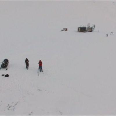Uutisvideot: Kun selfie ei riitä: Lennokki vangitsee arktiset kuvat Huippuvuorilla