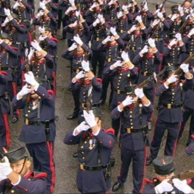 Uutisvideot: Kuninkaalliset ihastelivat Espanjan kansallispäiväjuhlallisuuksia Madridissa