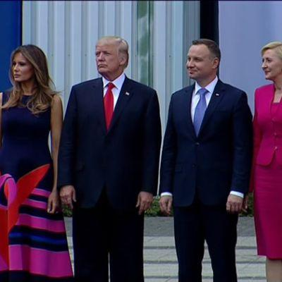 Uutisvideot: Donald Trumpin ja Agata Kornhauser-Dudan kiusallinen hetki