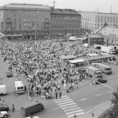 Hietalahden kirpputori vuodelta 1992