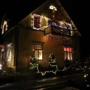 Julbelysning i i Forsby, Pedersöre.