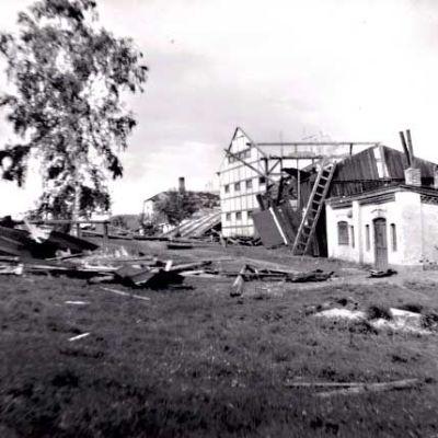Tornadon tuhoja Hausjärven Oitissa 4.8.1932