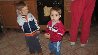 Återflyttare, tvillingpojkar kroatienserber
