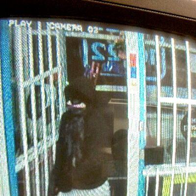 Valvontakameran kuva ryöstäjästä