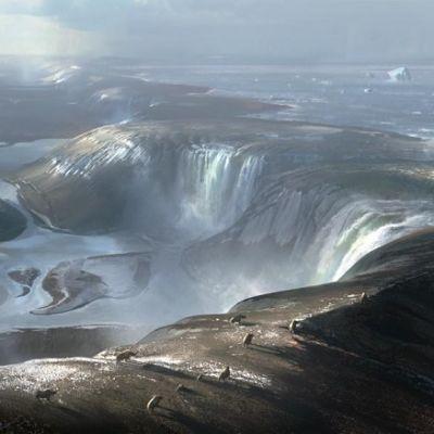 Jäävuorten täplittämästä järvestä valuu putouksina vettä karun kannaksen yli.