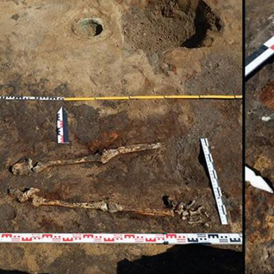 Kahden kuvan yhdistelmä: luuranko, joka on osittain kaivettu maasta, ja pääkallo, jossa paikallaan koristeellinen kultapäähine.