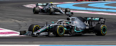 Lewis Hamilton leder före Valtteri Bottas och Charles Leclerc.
