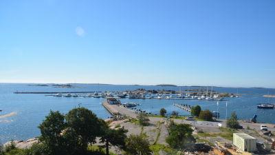 Östersjö port i Hangö.