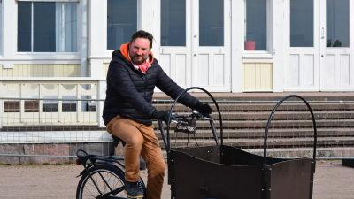 Man på cykel