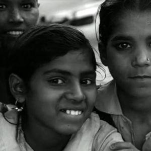 Intialaisia lapsia ohjelmassa Vierailu Intiassa (1965)