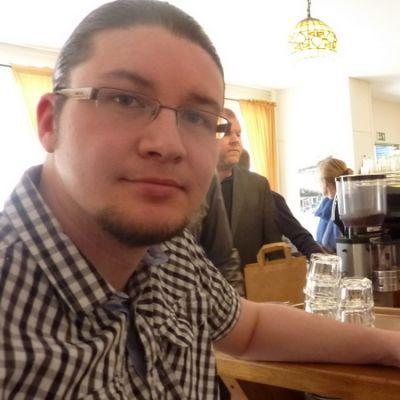 Mikko Haahdin mukaan hyvä peruskahvi on tarpeeksi erikoinen jo itsessään.