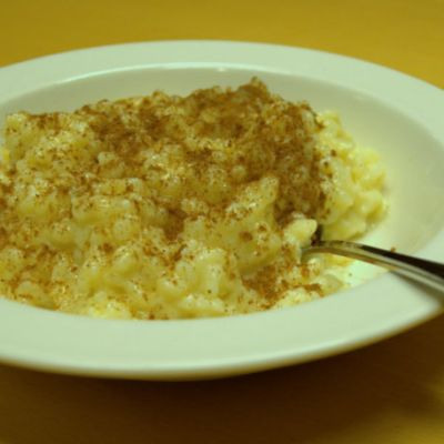Soijamaitoon keitetty riisipuuro.