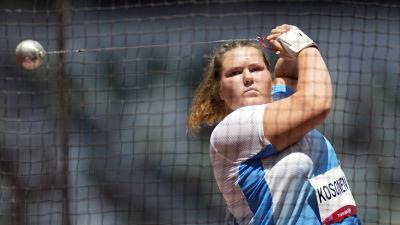 Silja Kosonen keskittyy heittoonsa olympialaisissa