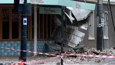 Betty's Burger-restaurangen i Windsor skadades i jordbävningen.