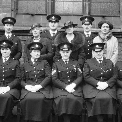 Birminghamin naispoliiseja ryhmäkuvassa 1918