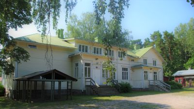 Gammal byskola.