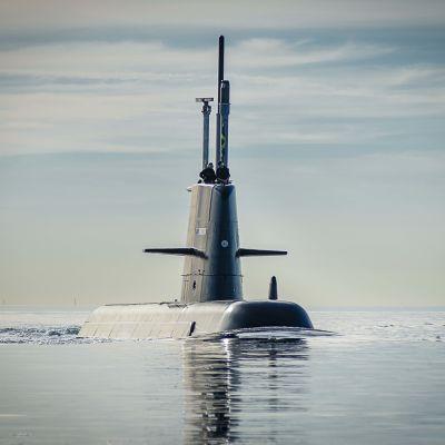 Ubåt av Gotlandsklass ute på havet.
