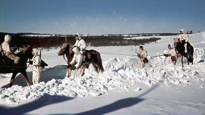 Hämeen ratsurykmentin miehiä Velikaja Nivassa 15.3.1942.