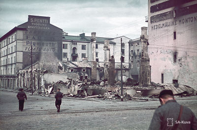 Karjalankadun ja Äyräpäänkadun risteyksessä Viipurissa 1941.