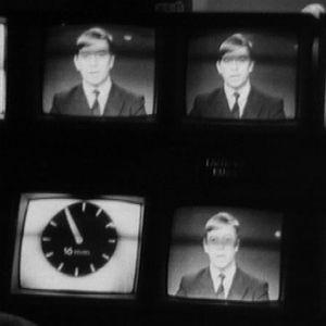 Näkymä tv-uutisten ohjaamossa (1969).