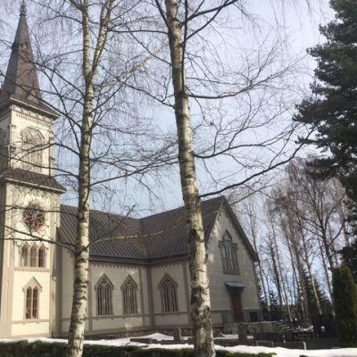 Köyliön kirkko on nyt vuoden 1752 värityksessä.