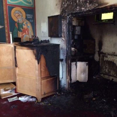 Ylienkeli Mikaelin kirkko vaurioitui tulipalossa