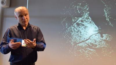 Jari Haapala, enhetschef för havsforskningen vid Meteorologiska institutet