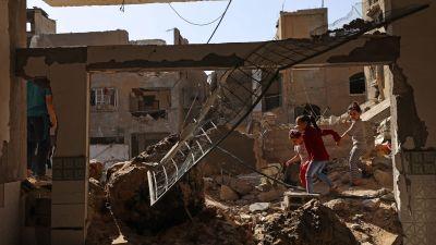 Barn bland ruiner i Beit Hanun i norra  Gaza 21.5.2021