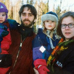 Taru Mäkelän ja Jouko Seppälän perhe 1990-luvulla