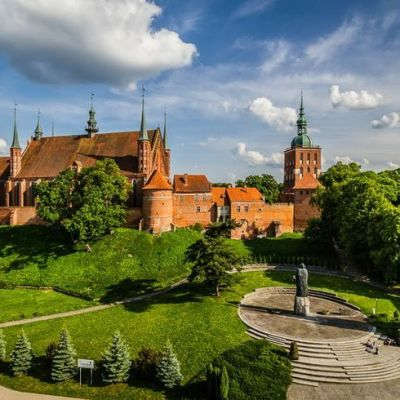 Jungfru Marie himmelsfärdskatedralen i Vroclaw (Breslau)