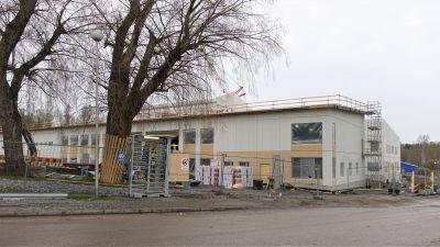 Bygget av skolcenter i Sjundeå.