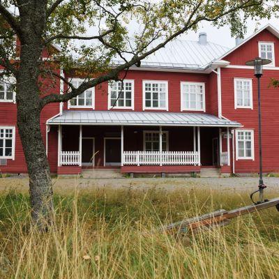 Södra Vallgrund skola.