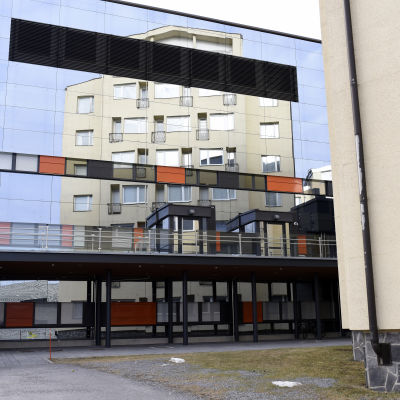 I-huset vid Vasa centralsjukhus speglas i akuten.